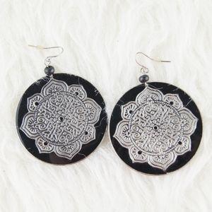 ⭕ [MUST BUNDLE] Silver & Black Earrings